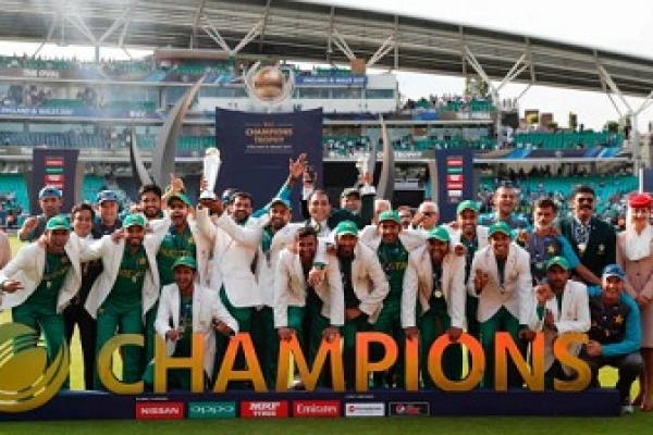 Pakistan stun India to lift maiden Champions Trophy