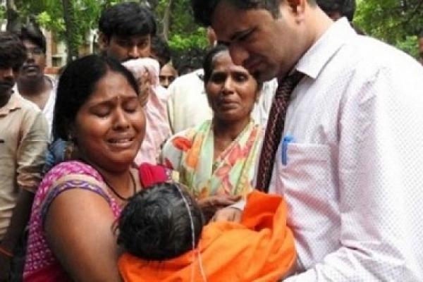 63 children die in Indian Hospital, Oxygen vendor raided