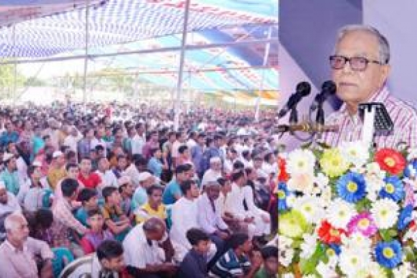 Attach priority to national interest to expedite development: President