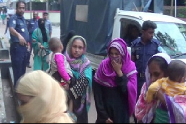 15 Jamaat women activists held in Laxmipur