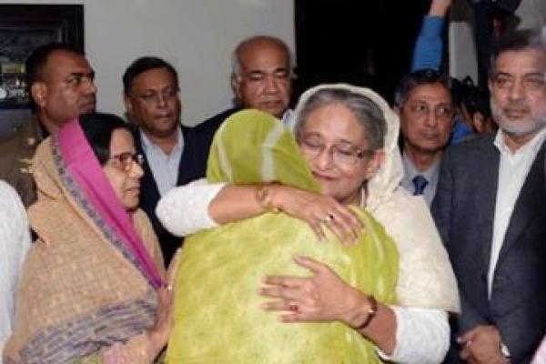 PM visits late Mohiuddin Chowdhury's residence