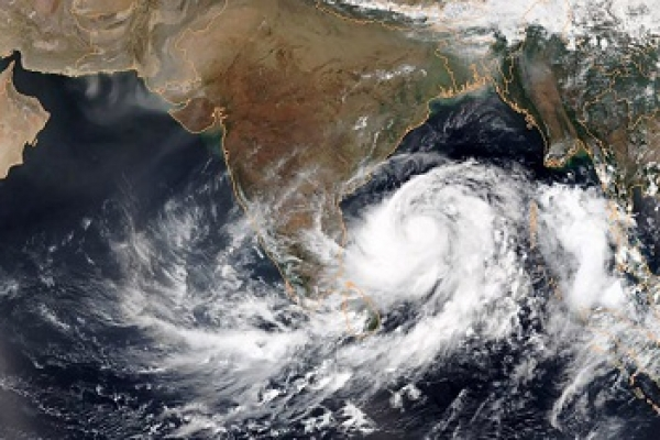 4 lakh people evacuated to cyclone shelters