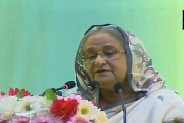 PM asks expats to counter BNP-Jamaat's anti-BD propaganda