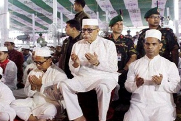 President offers eid prayers at National Eidgah