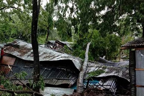 Cyclone Bulbul: 3 killed in Khulna, Patuakhali