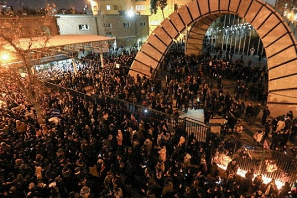 Khamenei's resignation demanded