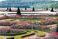 10 of World's Most Beautiful Gardens