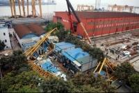 Crane collapse kills 18 in Dongguan, China