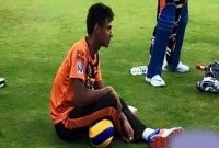 Mustafiz suffers shoulder injury again