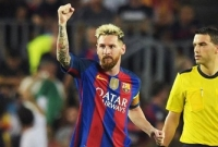 Messi scores hat-trick as Barcelona put seven past celtic