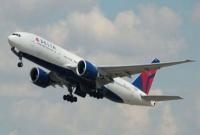 Pakistan-plane-crashes-with-passengers