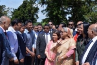 PM urges expatriates to uphold Bangladesh image