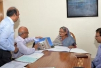 PM-witnesses-designs-of-two-education-schemes