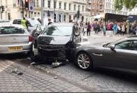 Pedestrians hurt after car mounts sidewalk in London